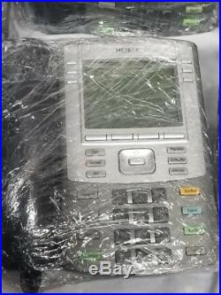 Nortel BCM400 Communications Manager with 4.0 software and 21 phones & Licenses